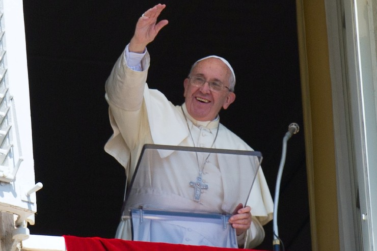 Pope at Angelus: Does Your 'Soil' Bear Fruit?
