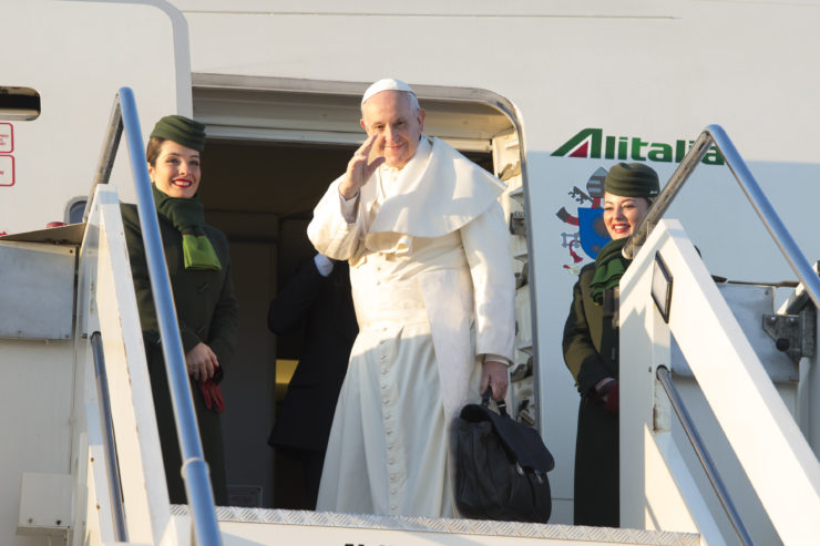 Pope Departs for Apostolic Visit in Peru and Chile